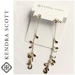 Kendra Scott Jewelry - NWT Kendra Scott Pamela drop earrings pale gold